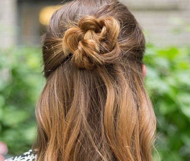 10 Easy Hairstyles For Women Who've Got No Time_1