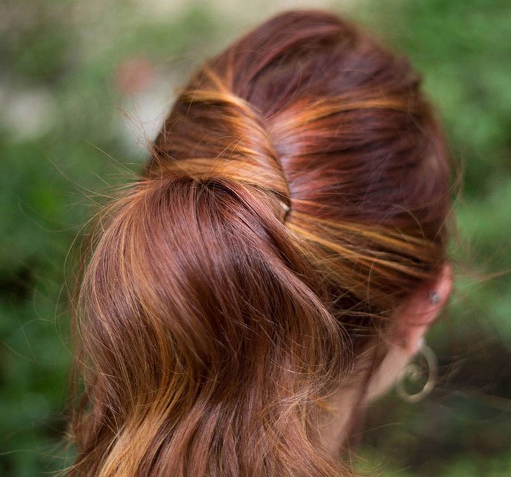 10 Easy Hairstyles For Women Who've Got No Time_2
