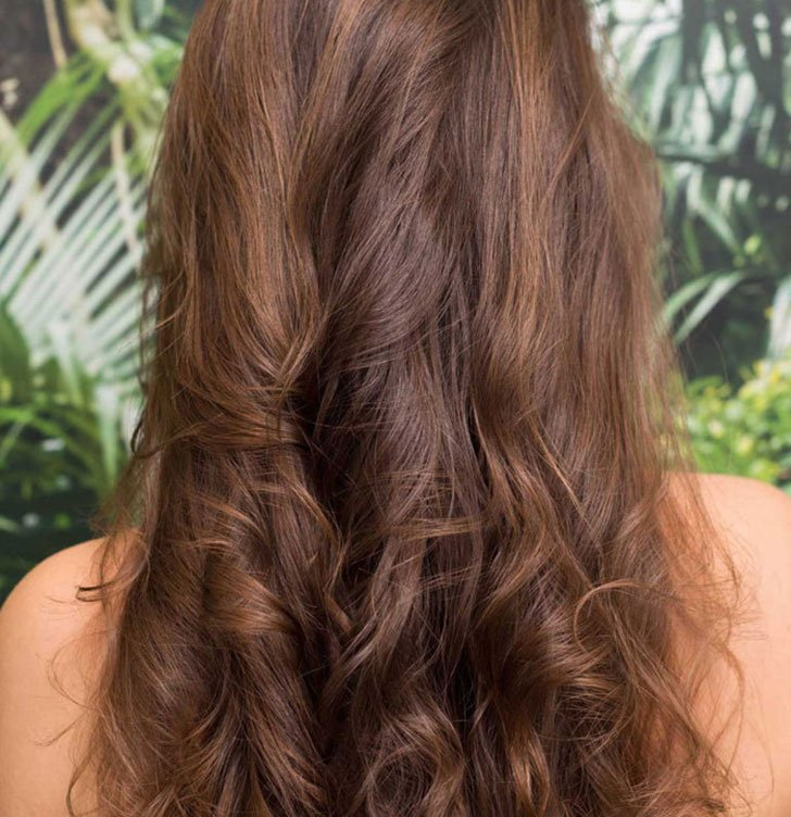 10 Easy Hairstyles For Women Who've Got No Time_3