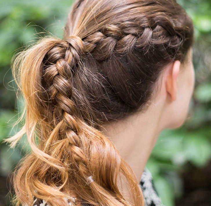 10 Easy Hairstyles For Women Who've Got No Time_8