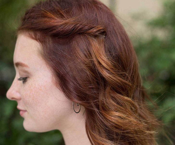 10 Easy Hairstyles For Women Who've Got No Time_9