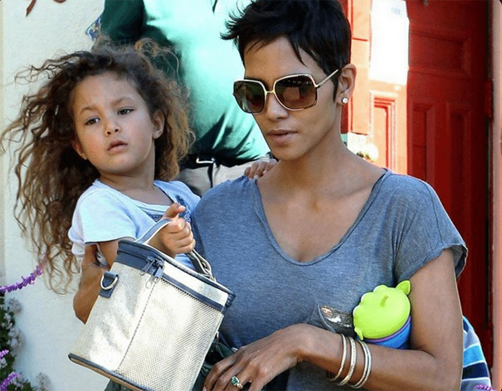 20-celebs-and-their-look-alike-kids_9