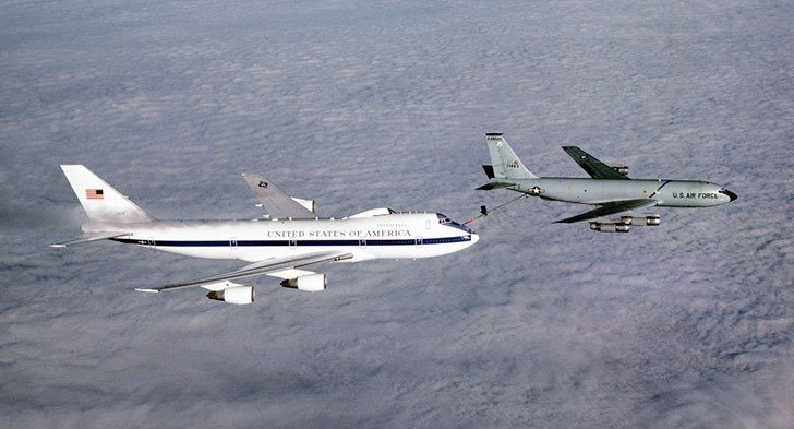20-facts-about-air-force-one-that-will-blow-your-mind_3