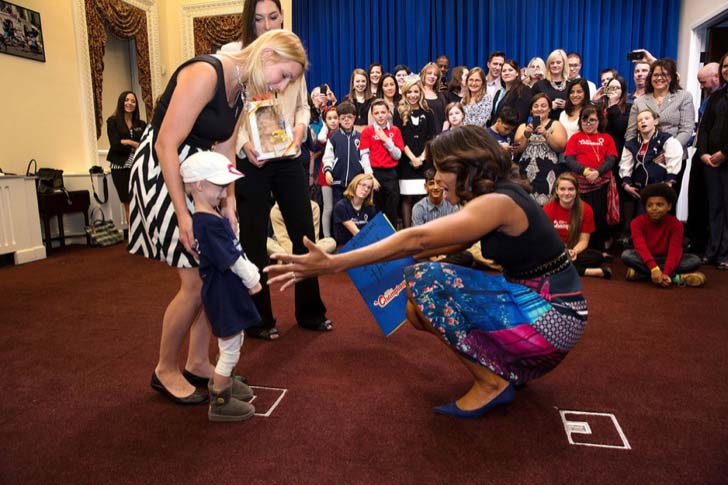 26-of-the-most-iconic-pictures-of-michelle-obama_21