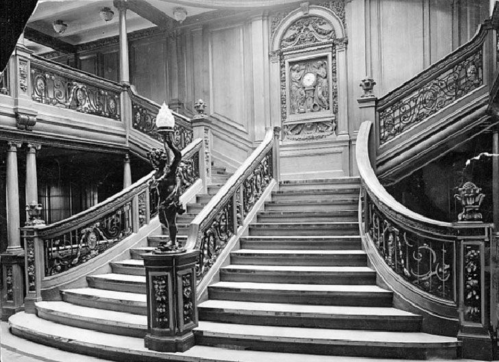 a-rare-glimpse-inside-the-real-titanic_10