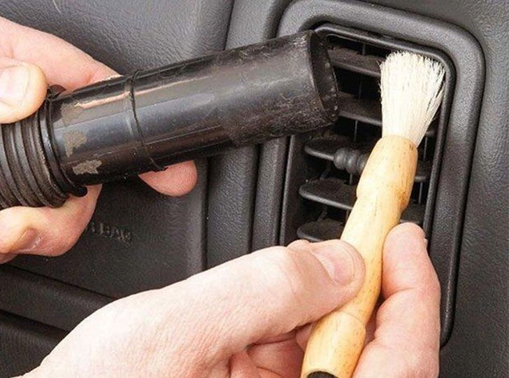 car-cleaning-made-easy-12-fabulous-cleaning-hacks_2