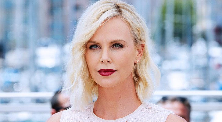 fame-and-fortune-top-10-worlds-highest-paid-actresses-2017_4