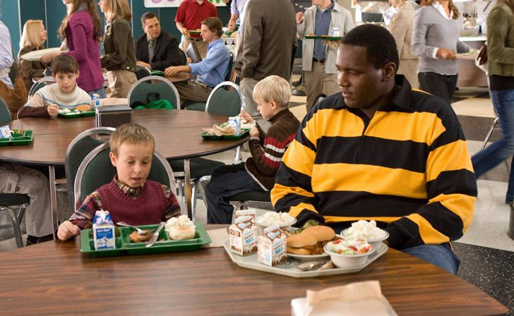 michael-oher-tells-a-whole-different-story-about-the-blind-side_21