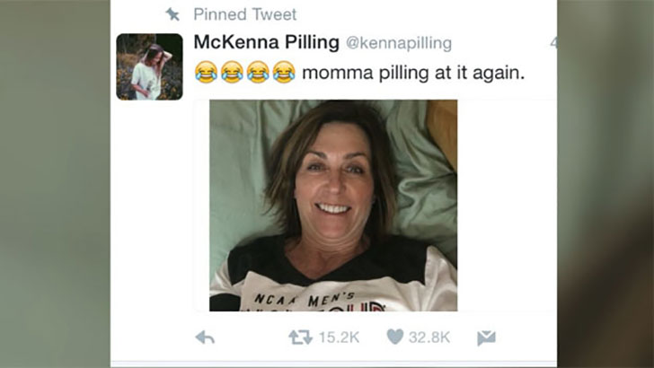 mom-takes-selfies-in-daughters-dorm-but-regrets-it_15