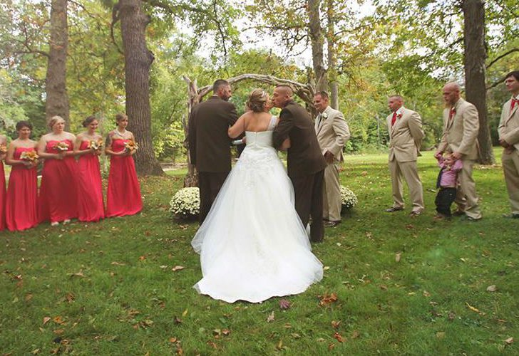 one-bride-and-two-dads-the-most-heartwarming-moment_5