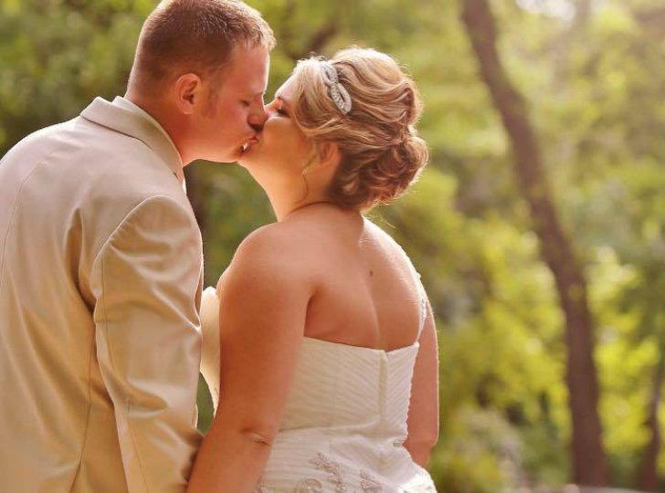 one-bride-and-two-dads-the-most-heartwarming-moment_8