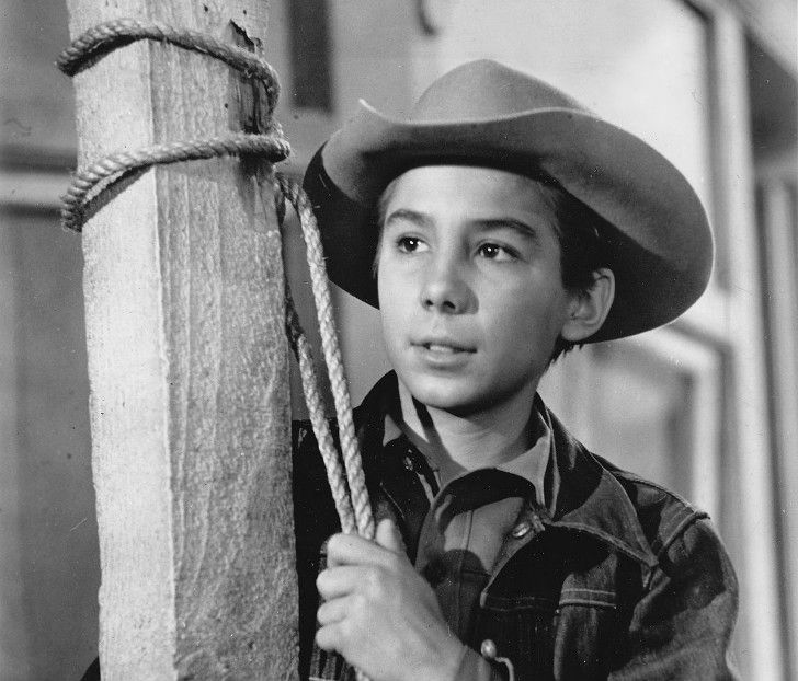 the-rifleman-16-surprising-facts-you-never-knew-about-the-hit-tv-series_10